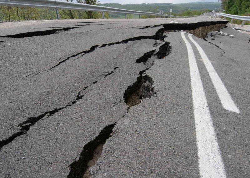 Vei utsatt for jordskjelv